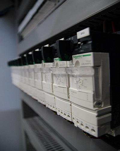 Tesys, disjoncteurs moteurs, GV2, GV3, LC1D09P7, LC1D, protection moteur, départ moteur
